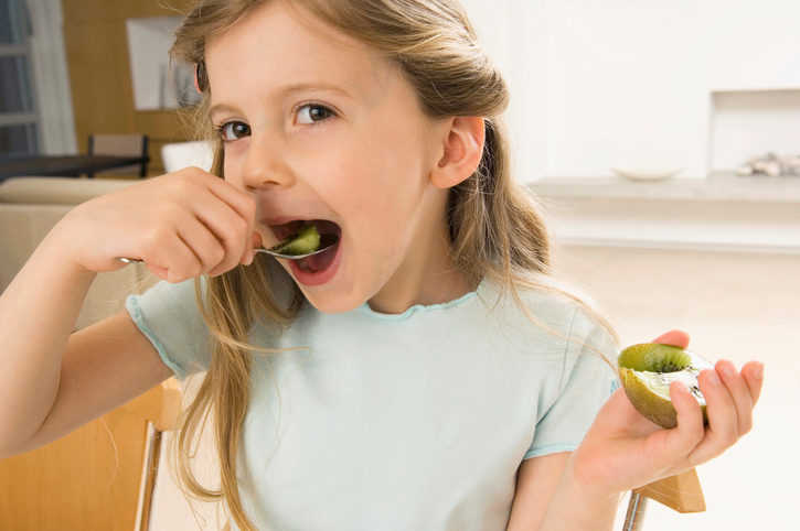 Should you eat kiwi skin? It depends.