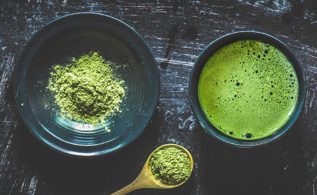 Matcha Powder is a great weight loss ingredient for your smoothies.