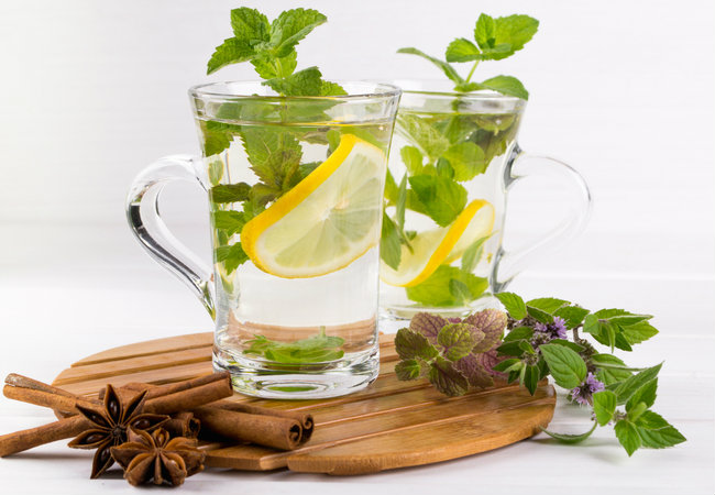 Mint tea and spices