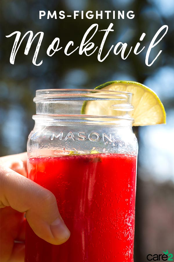 You won't be surprised to learn that alcohol makes PMS symptoms worse, but you don't need alcohol to have a special drink. Packed with powerful and tasty ingredients, you won't miss the alcohol in this anti-PMS mocktail recipe.