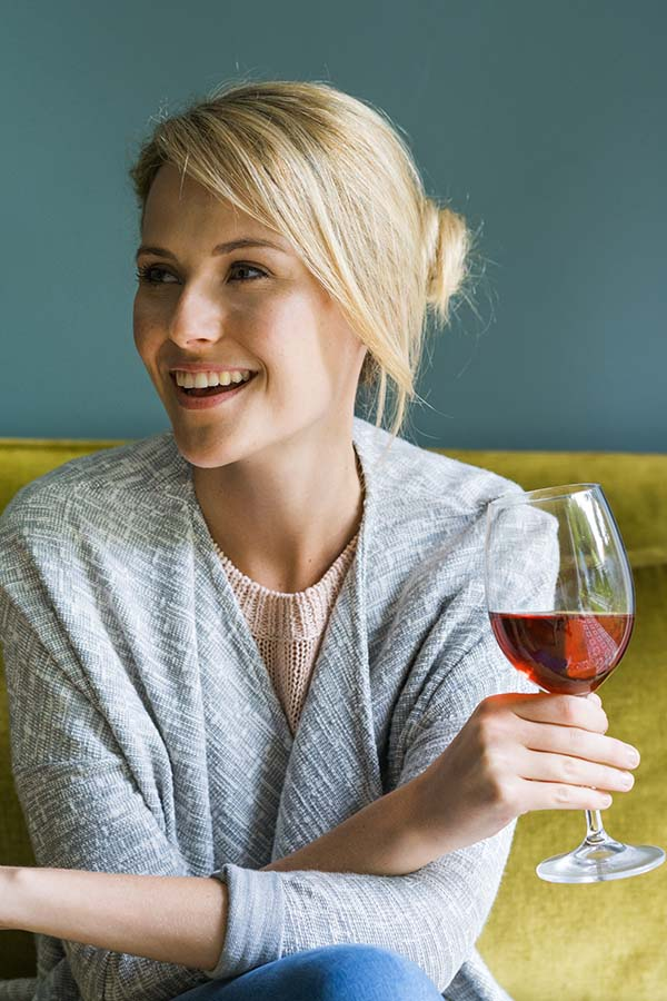 7 Everyday Habits that Accelerate Aging
