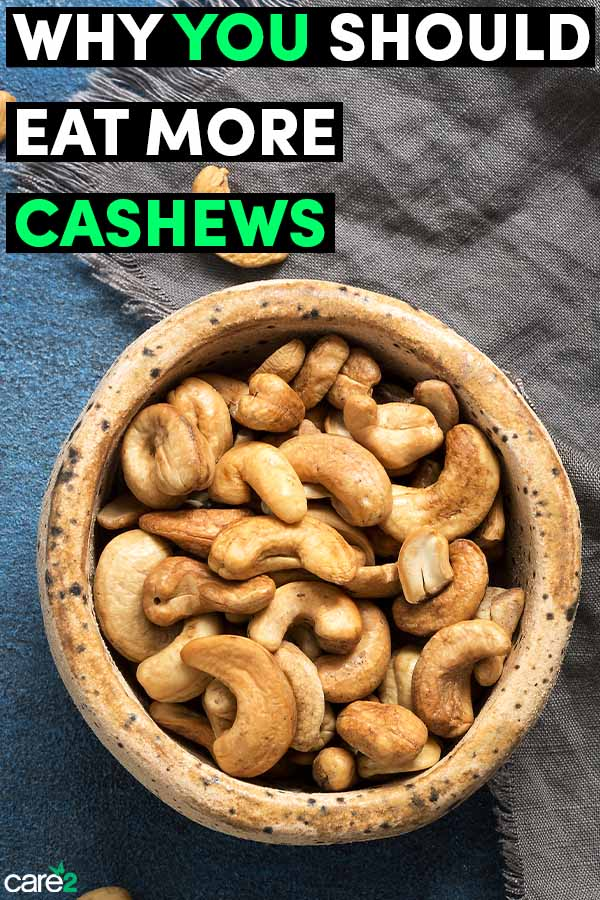 9 Reasons to Start Eating More Cashews