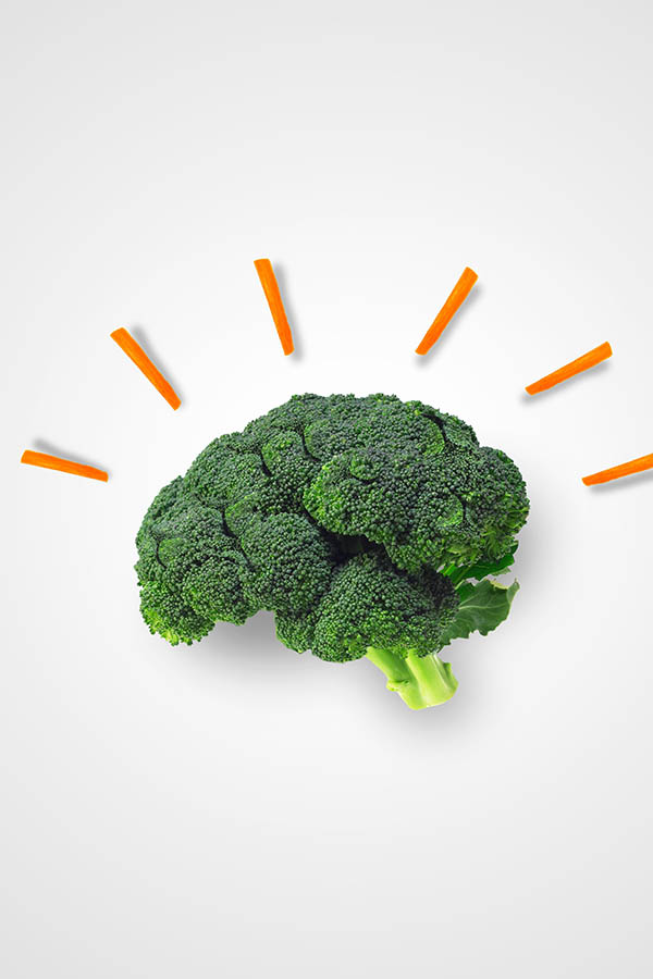 """Brainy carrot """"sparks"""" comes from with Broccoli that is shaped like a human brain!"""