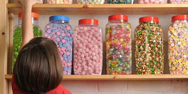 Tell Congress to Ban Artificial Food Dyes