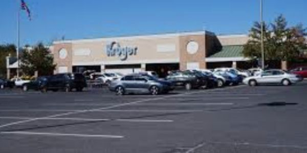 petition please don t close the kroger on lew dewitt dr in