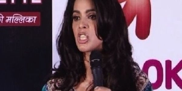 Commend indian actress Mallika Sherawat for standing up for the rights of oppressed women in India.