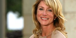 Attack Groups Can't Stop Wendy Davis!