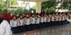 Protect female students in Indonesia from virginity tests!